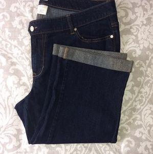 Old Navy Dark wash Flare Jean capris